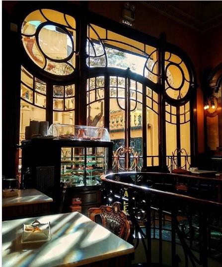 majestik-cafe