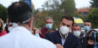 o-aleksis-tsipras-me-maska