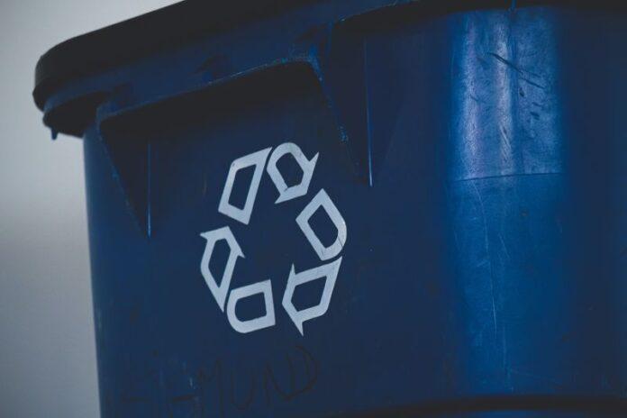 μπλε κάδος ανακύκλωσης