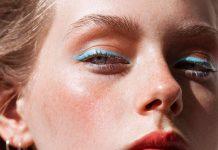 γαλάζιο eyeliner