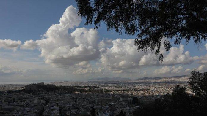 αθήνα σύννεφα